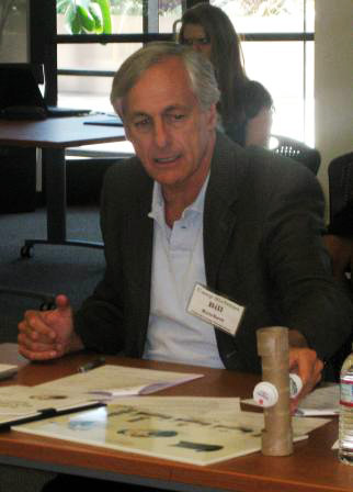 Bill-Reichert-examines-the-H5-prototype-and-rendering2